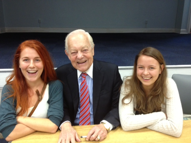 Bob Schieffer Gives Journalism Students Tips